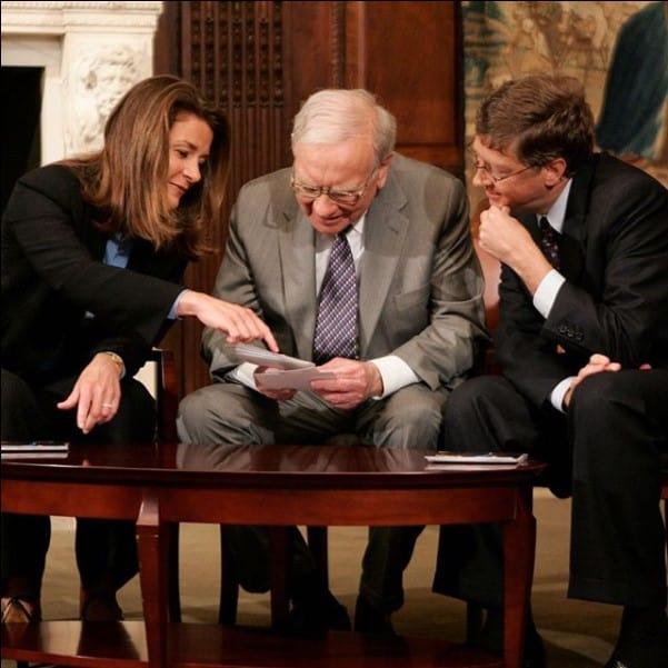 Melinda Gates, Warren Buffett e Bill Gates, parceiros em filantropia